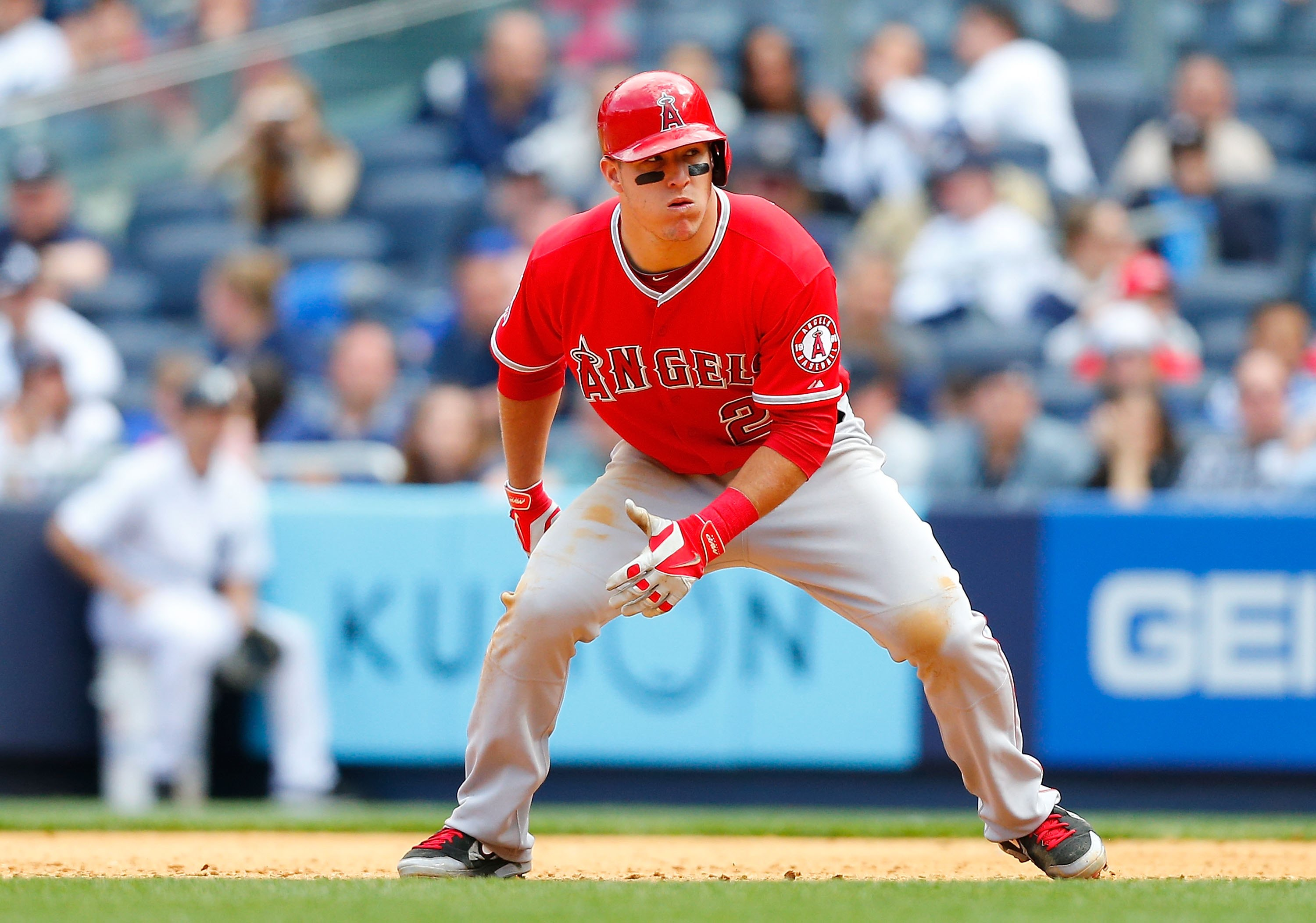 Los Angeles Angels of Anaheim outfielder Mike Trout is my #1 overall pick for fantasy baseball '17 (Photo by Jim McIsaac/Getty Images)